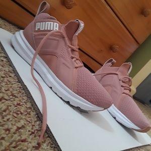 Puma Zenvo Women's shoes